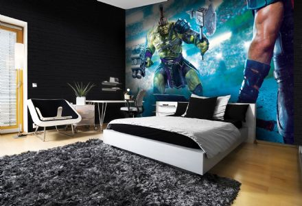 Non-woven wallpaper Thor and Hulk childrens bedroom wallpaper